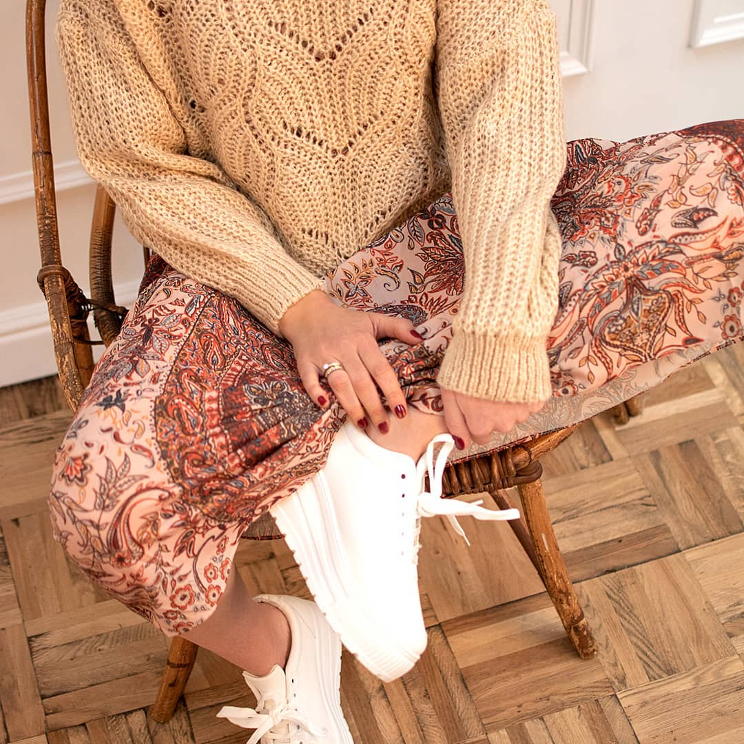 pull beige court de Les Bourgeoises sur gwnio_shop