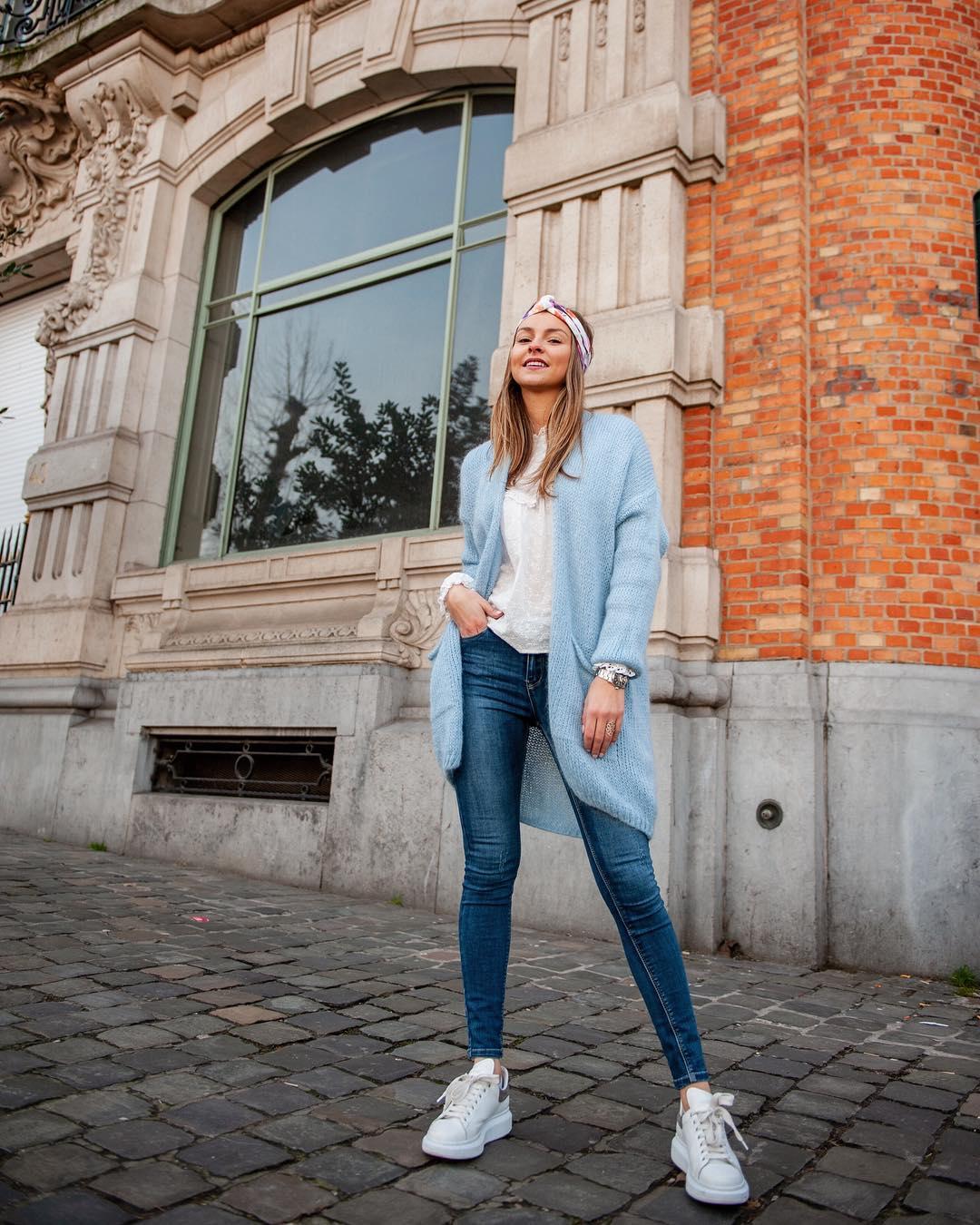long gilet bleu ciel de Les Bourgeoises sur lesbourgeoisesofficiel
