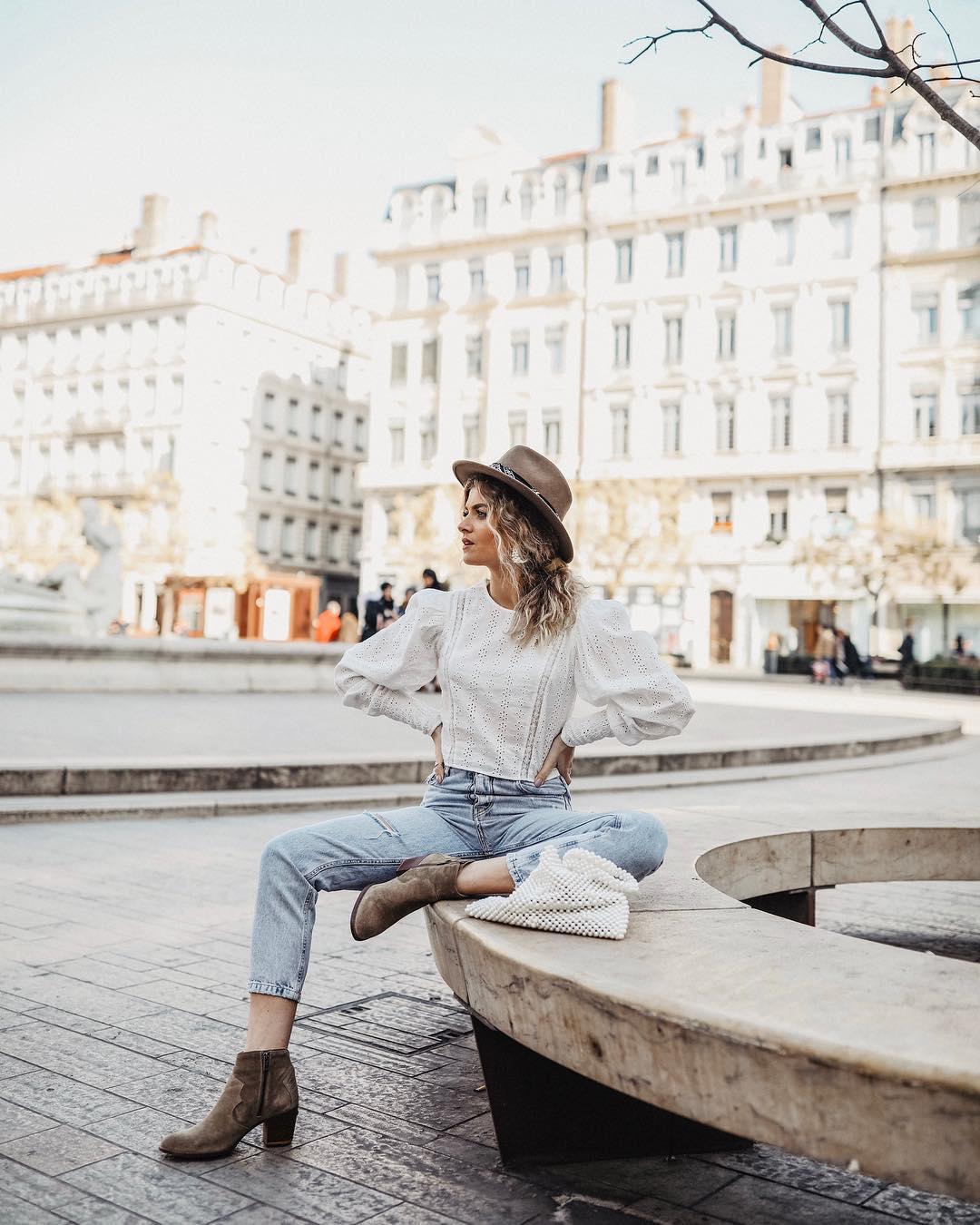 chemise perforée et brodée en matières variées de Zara sur marieandmood