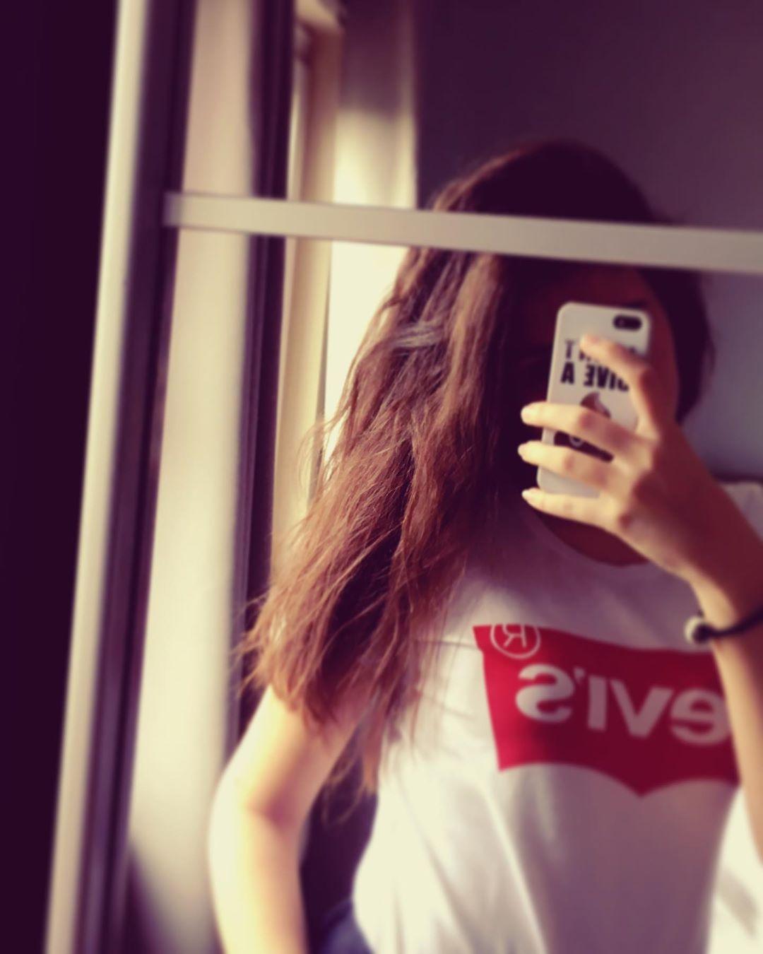 t-shirt levis blanc de Les Bourgeoises sur cindy.cpn22