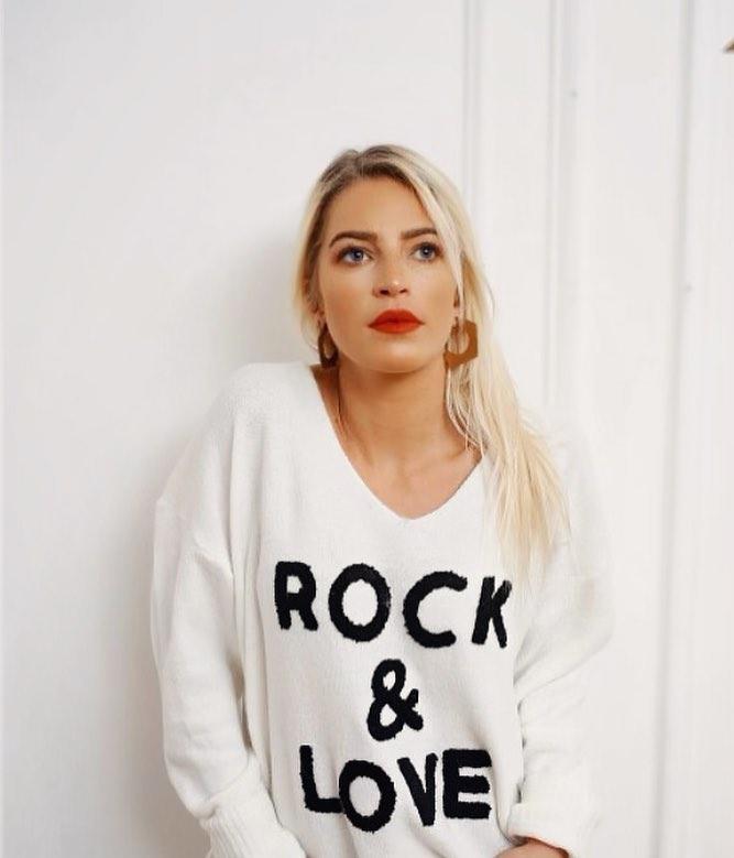 pull rock & love de Les Bourgeoises sur missmaya_makeupart