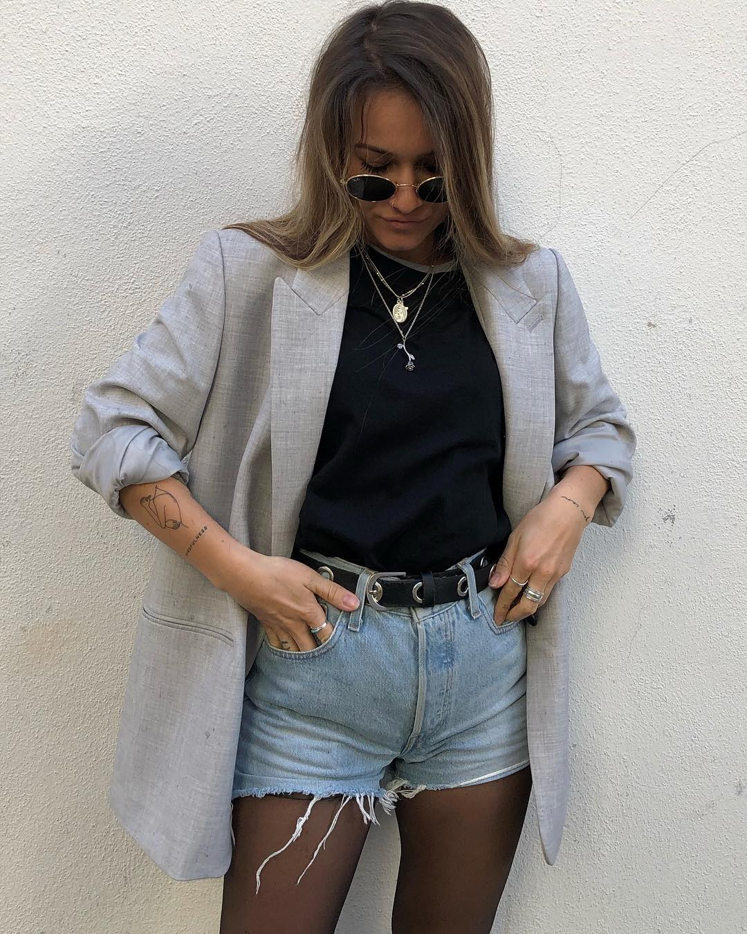 short levis 501 jeans bleu clair tirettes côtés  de Les Bourgeoises sur minnahigh