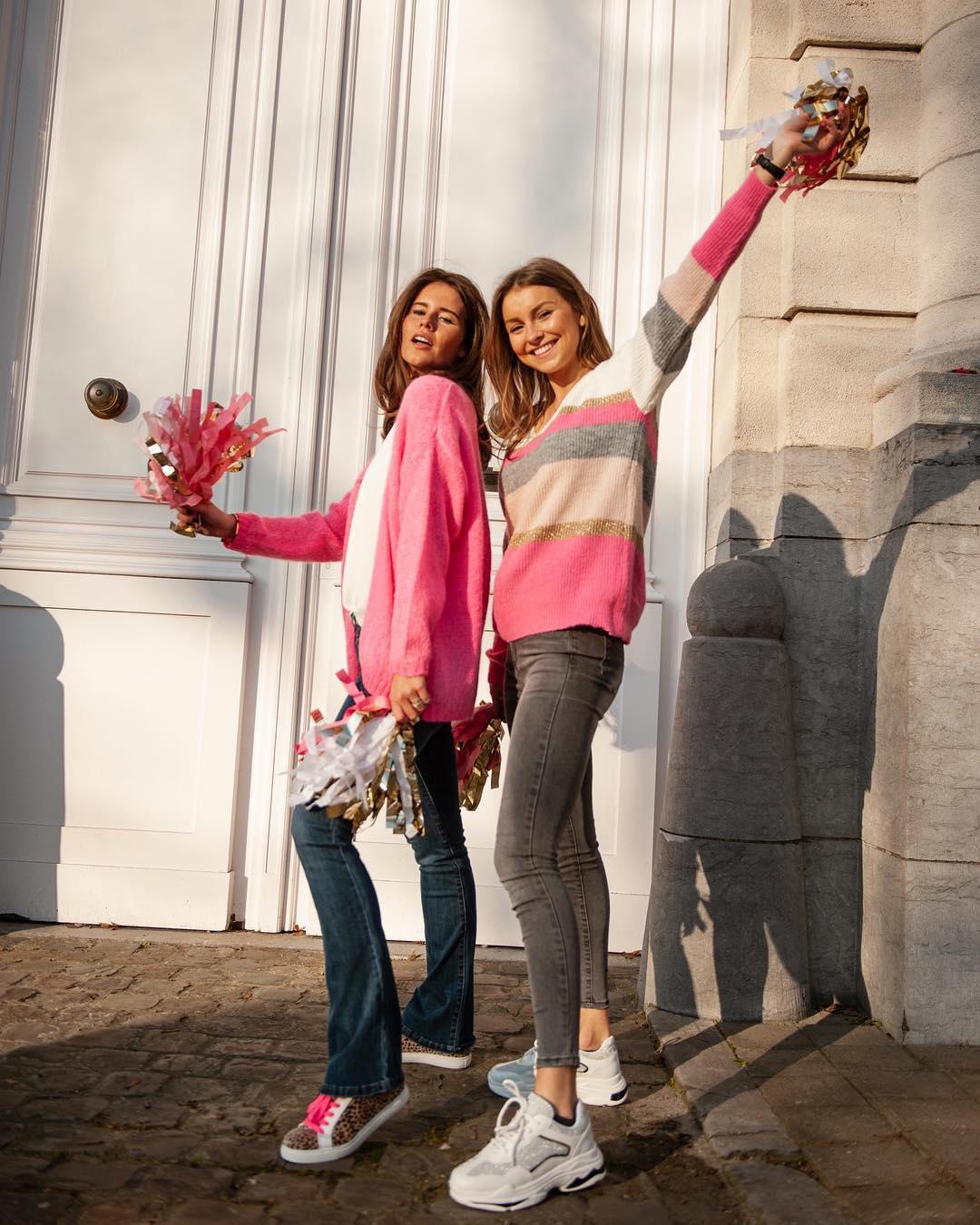 pull rose a lignes de Les Bourgeoises sur lesbourgeoisesofficiel