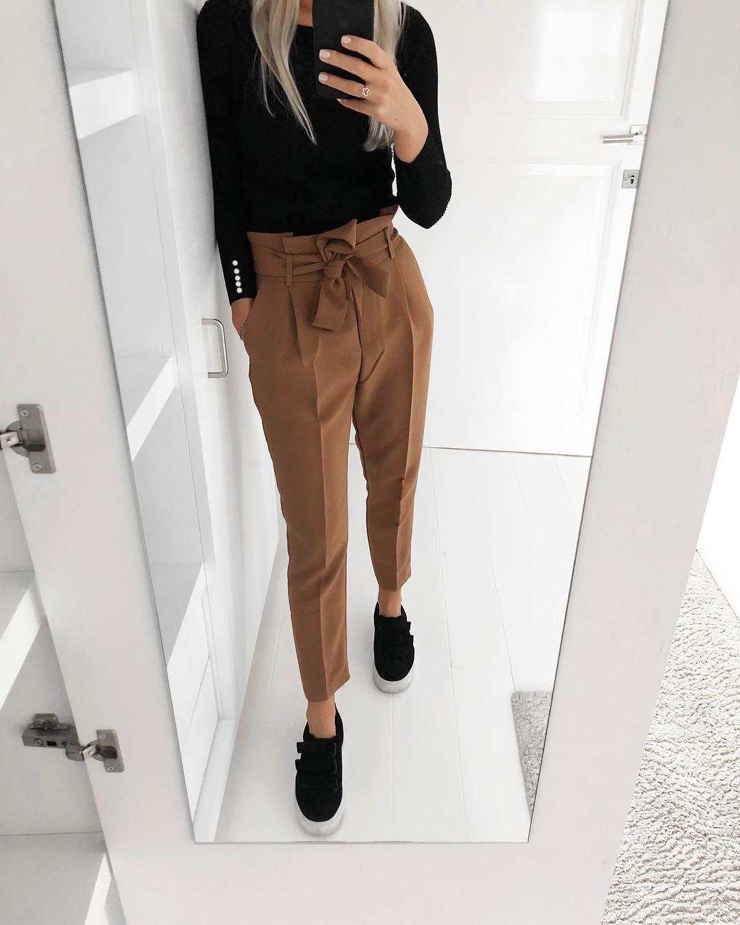 pantalon caramel de Les Bourgeoises sur scanlesbourgeoises