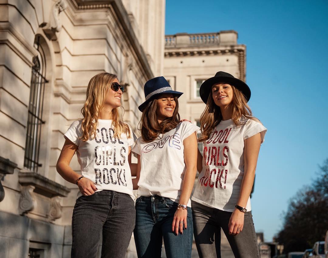 t-shirt rock rouge de Les Bourgeoises sur lesbourgeoisesofficiel