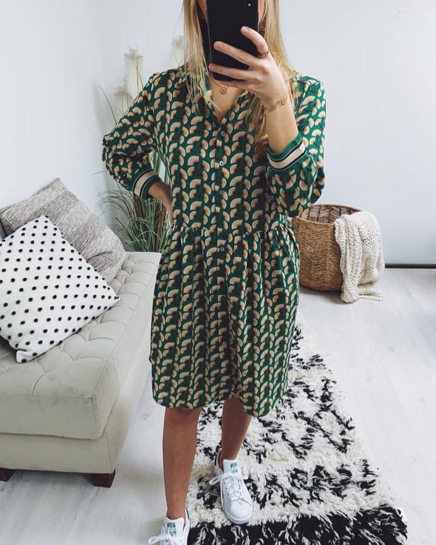 robe verte paon de Les Bourgeoises sur scanlesbourgeoises
