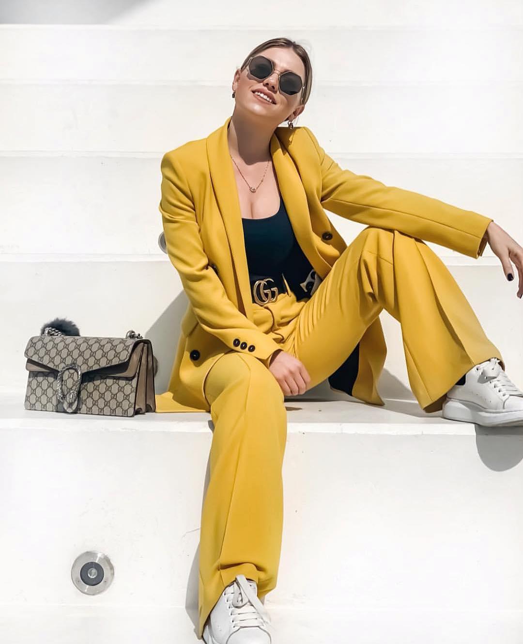 pantalon flare de Zara sur zara.outfits