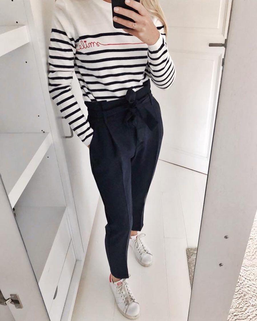 pantalon noir carotte de Les Bourgeoises sur scanlesbourgeoises