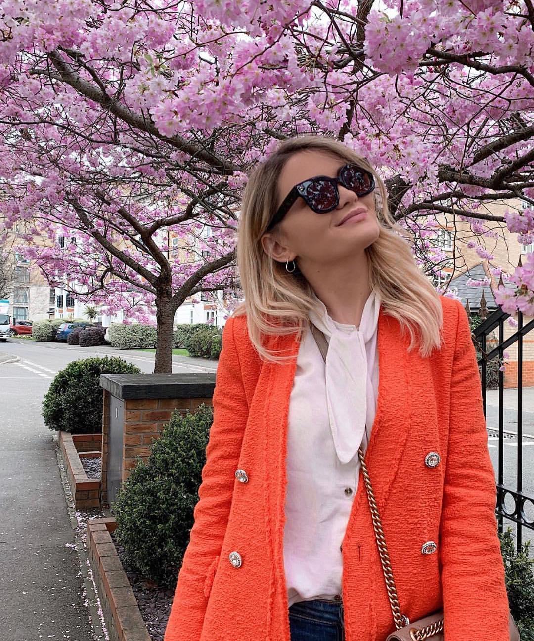 tweed jacket with pearl button de Zara sur zaraaddiction