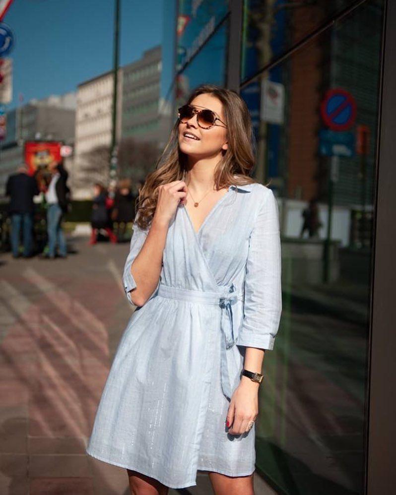 robe a rayures de Les Bourgeoises sur scanlesbourgeoises
