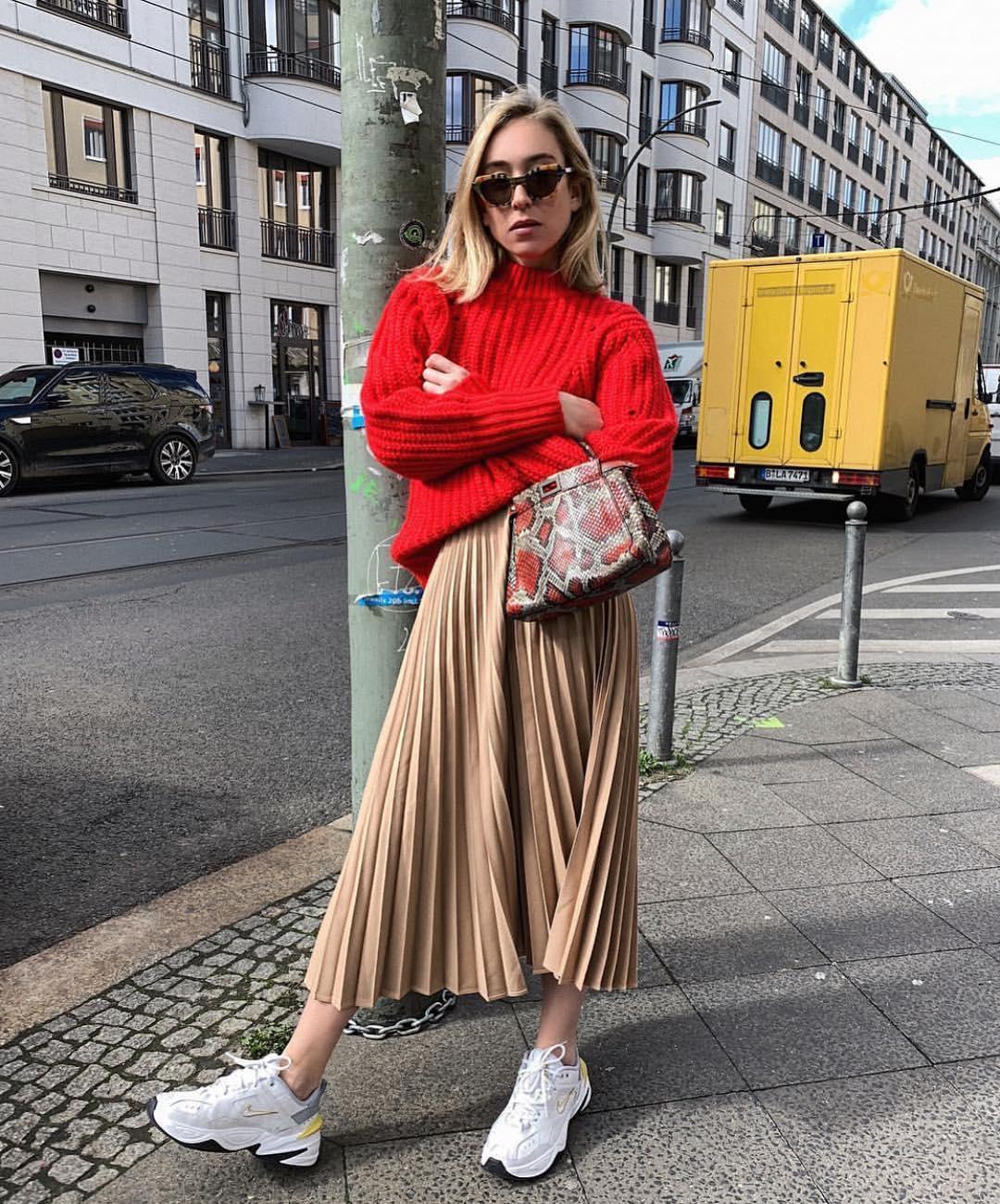 jupe plissée avec ceinture de Zara sur zara.mania