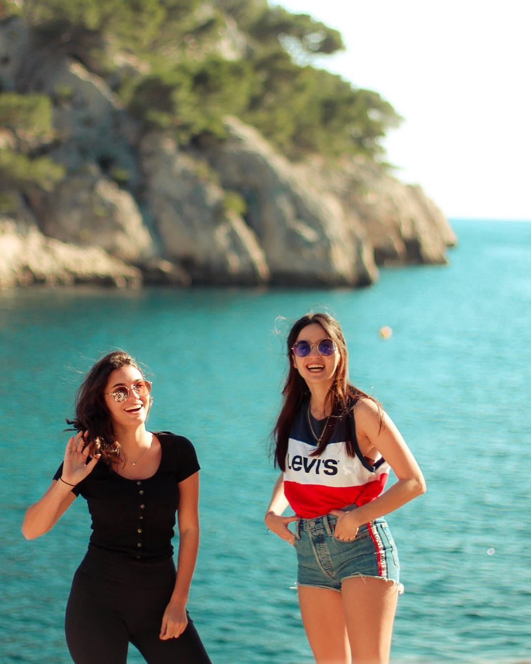 crop top levis bleu blanc rouge de Les Bourgeoises sur lea.ghe