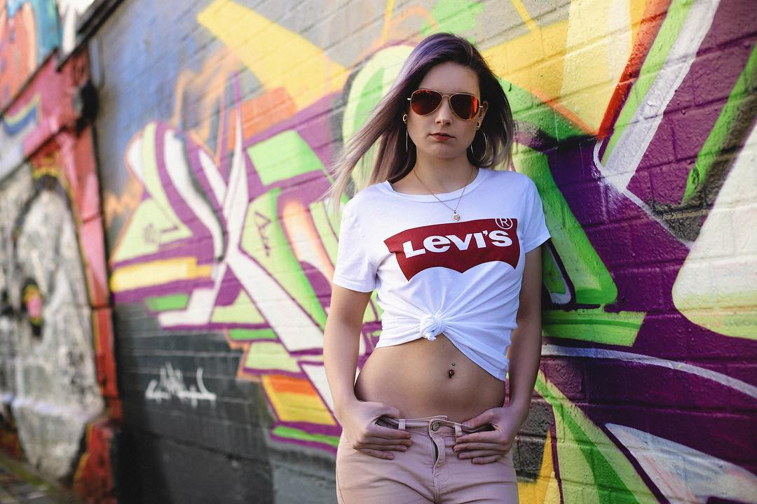 t-shirt levis blanc de Les Bourgeoises sur _remmi.demmi