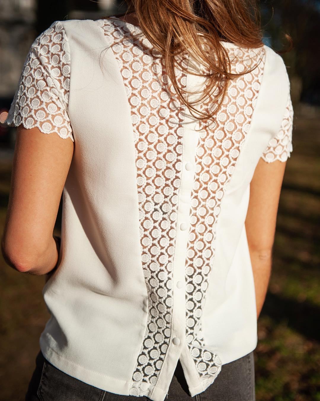 blouse écrue dentelle de Les Bourgeoises sur lesbourgeoisesofficiel