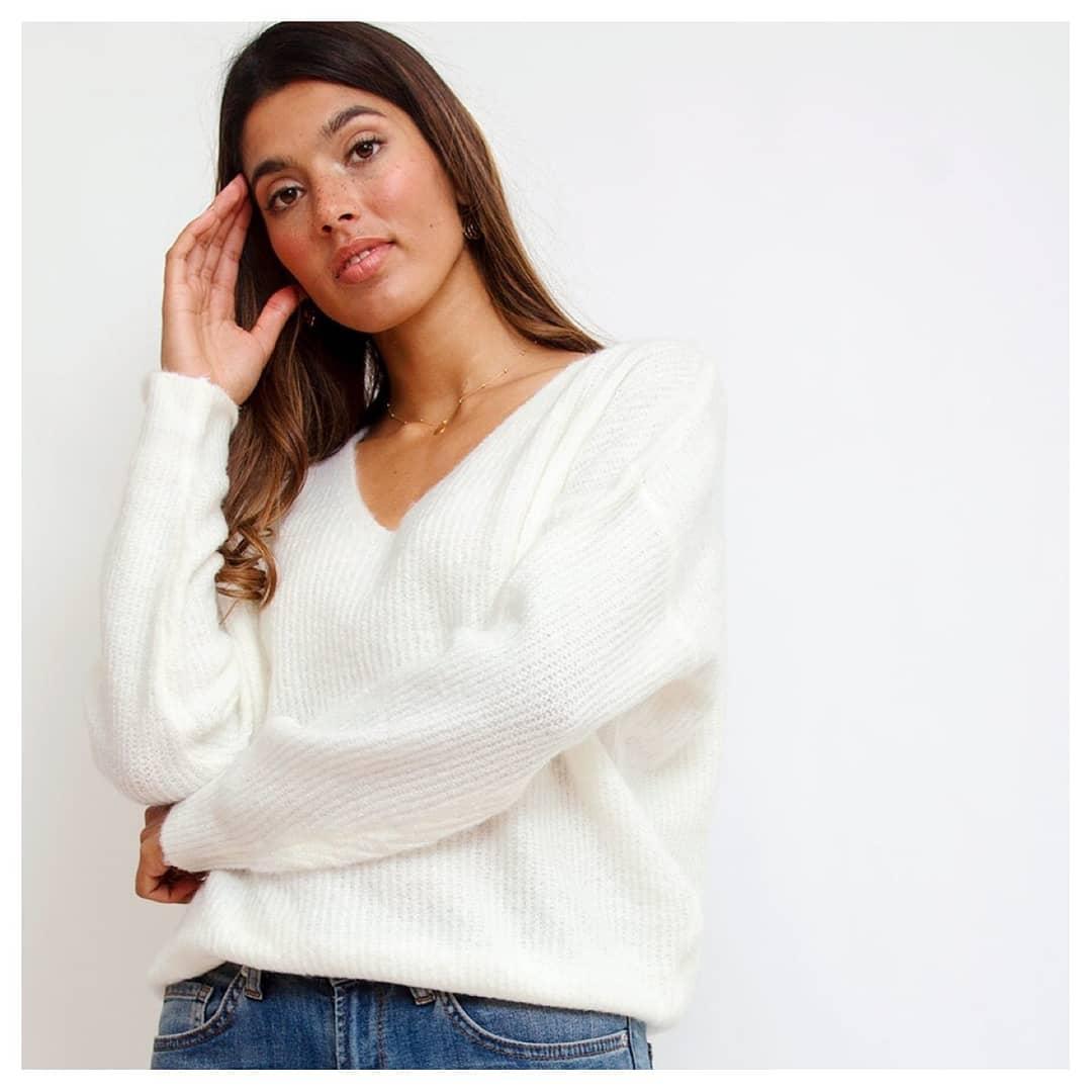 pull doudou blanc de Les Bourgeoises sur siennagoodies