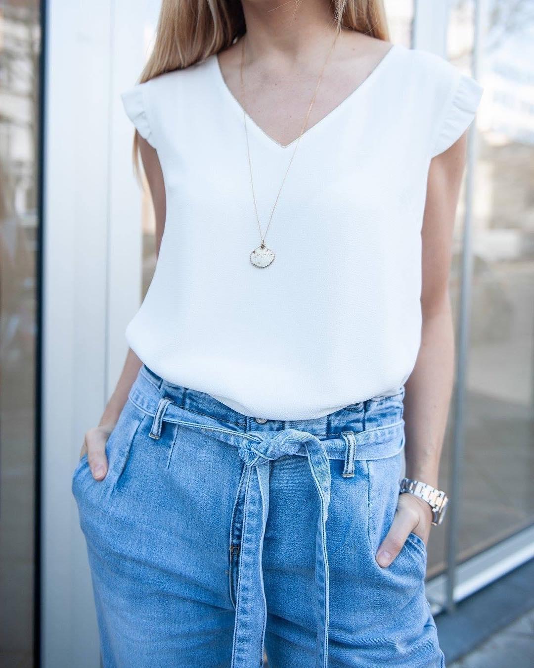 jeans clair taille haute de Les Bourgeoises sur scanlesbourgeoises