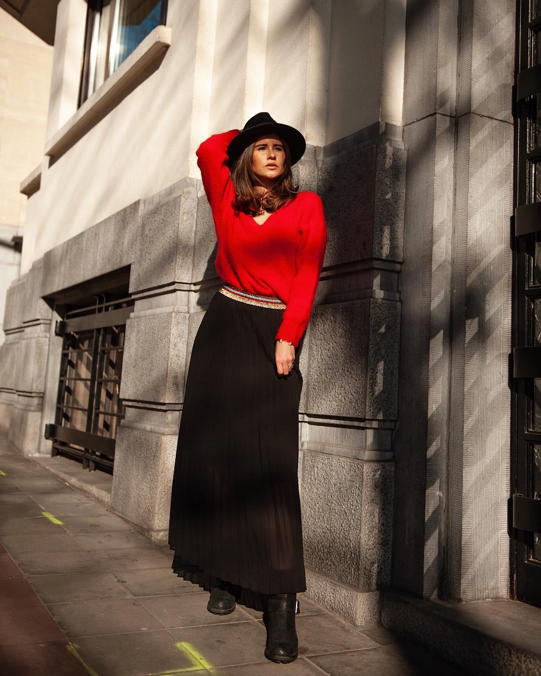 jupe plissée noire de Les Bourgeoises sur lesbourgeoisesofficiel