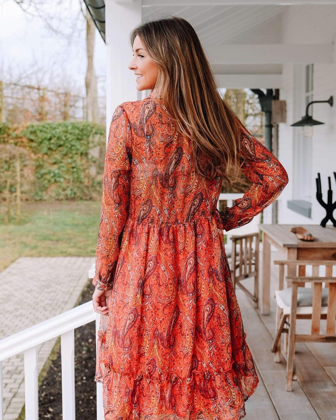 robe imprimé cachemire de Les Bourgeoises sur scanlesbourgeoises