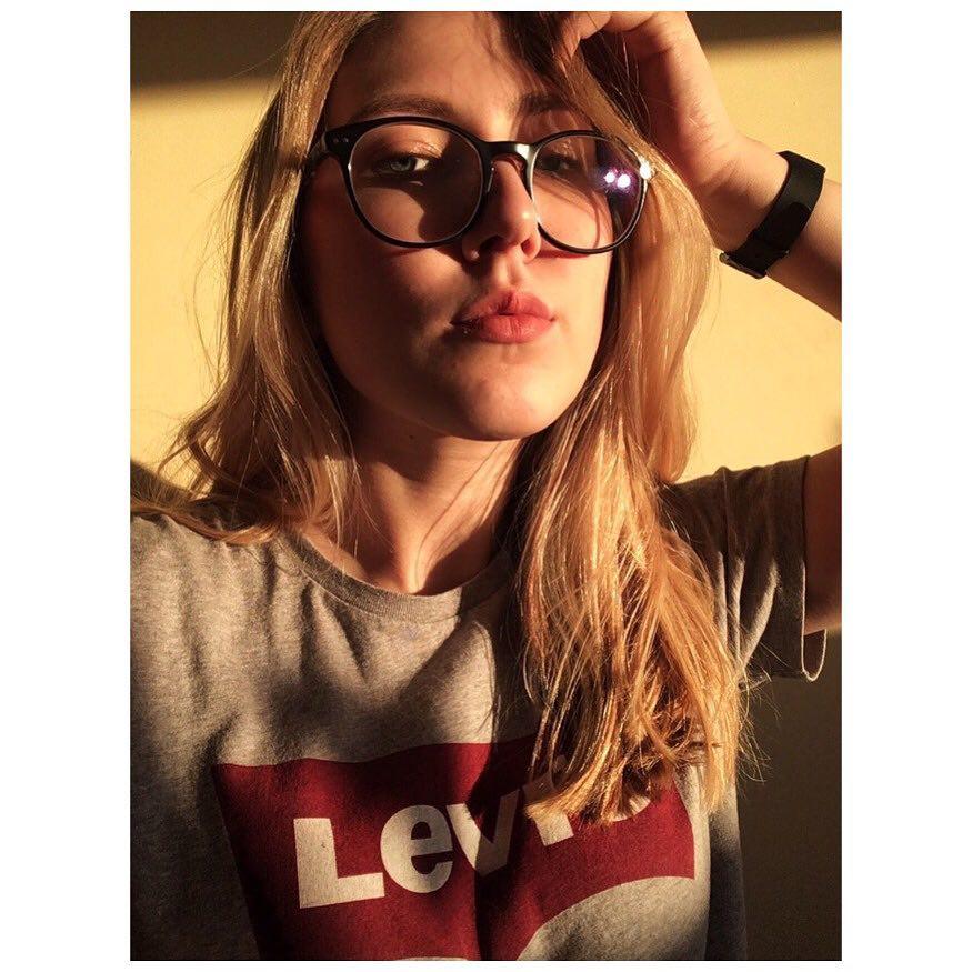 t-shirt levis gris de Les Bourgeoises sur sasha__den