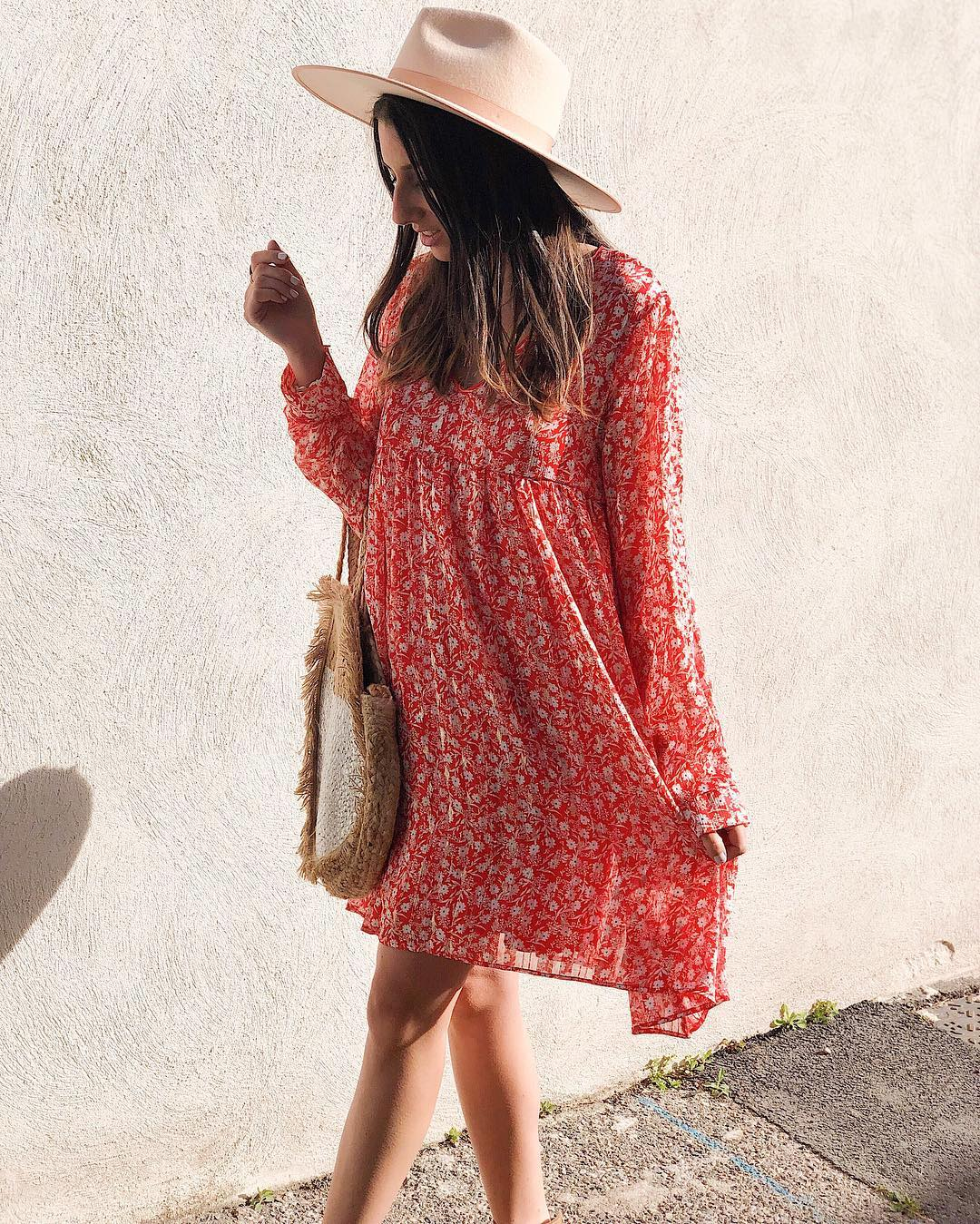 robe rouge a fleurette de Les Bourgeoises sur bacioparis