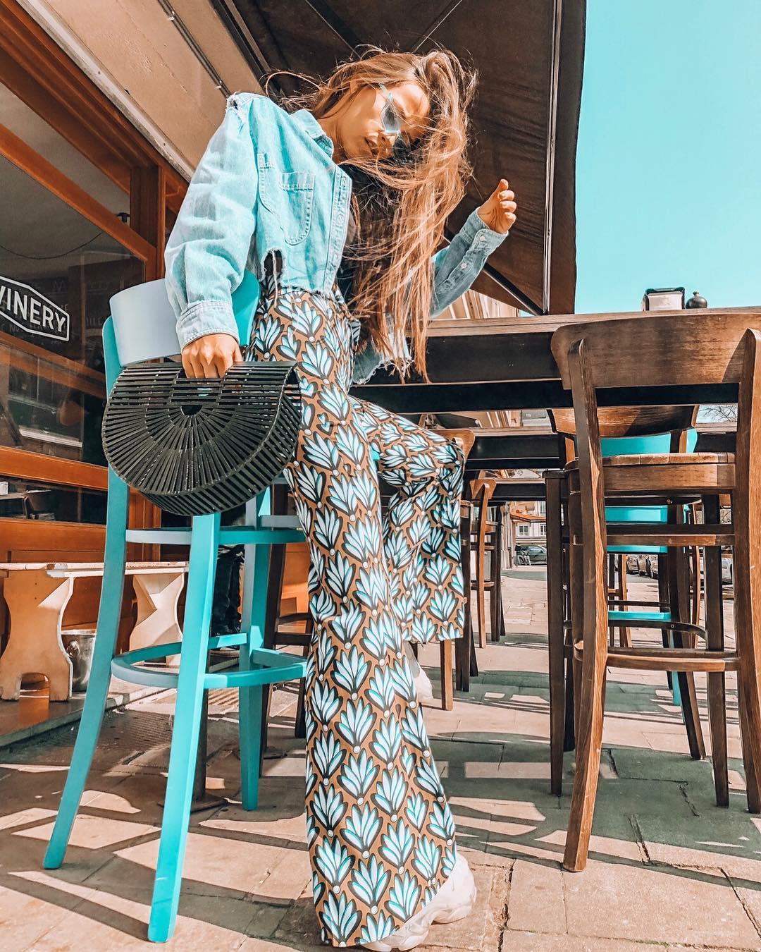 pantalon fluide imprimé de Zara sur sachabaleriaux