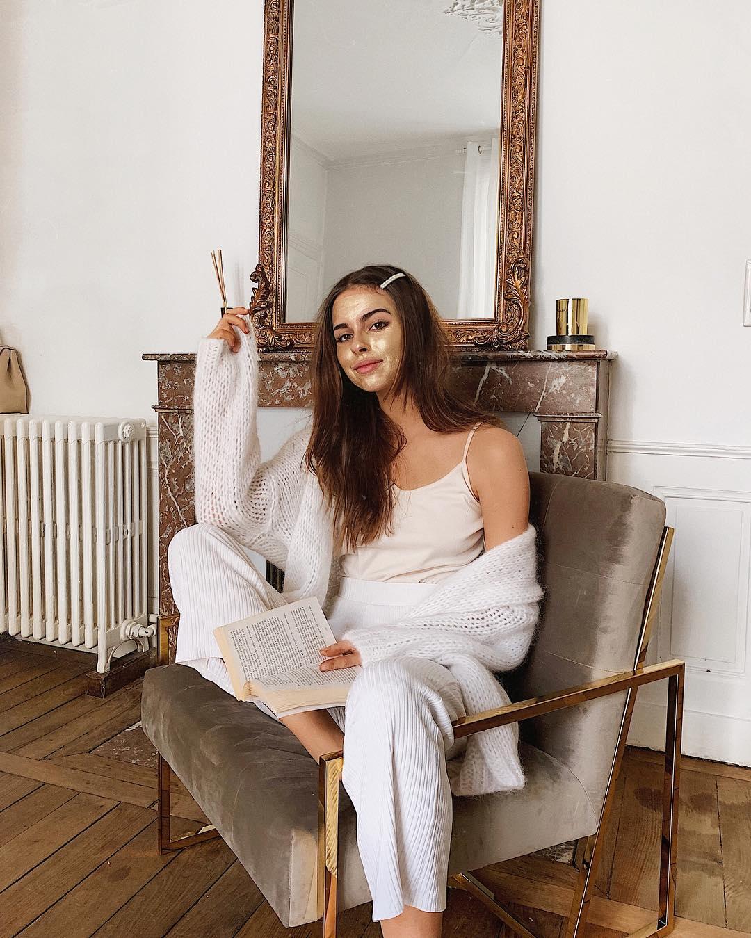 new bernadette blanc de Les Bourgeoises sur jodielapetitefrenchie