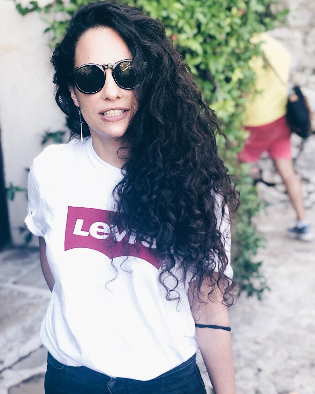 t-shirt levis blanc de Les Bourgeoises sur rachcarb