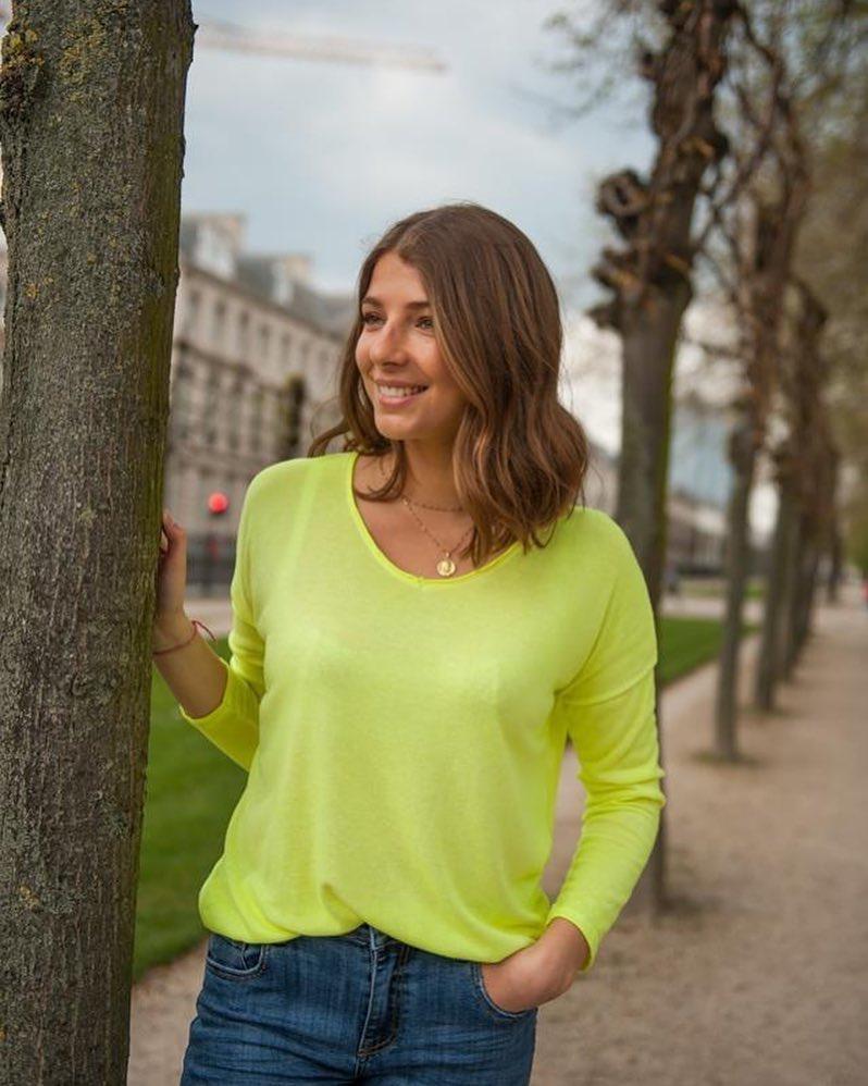 t-shirt longue manche jaune de Les Bourgeoises sur scanlesbourgeoises