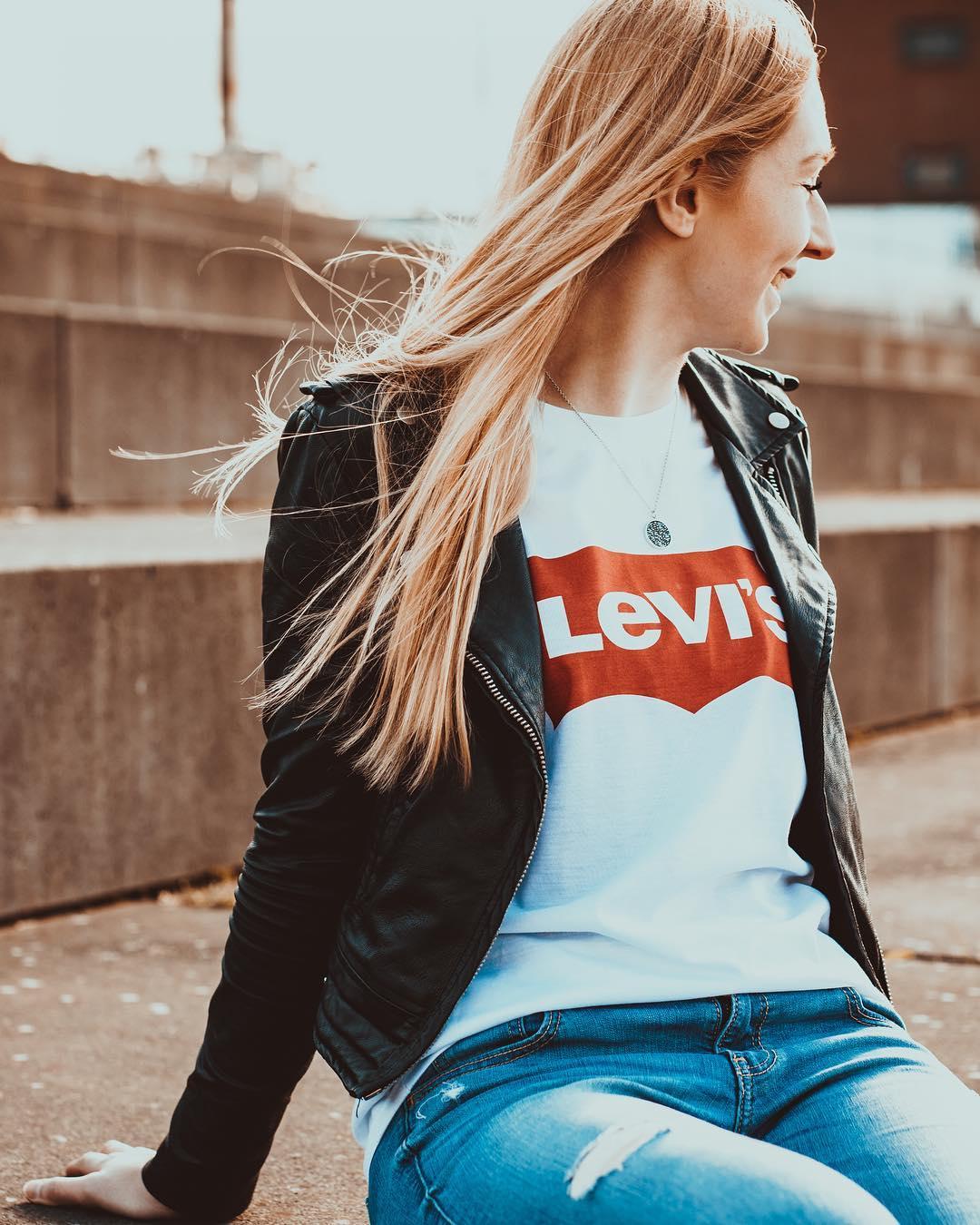 t-shirt levis blanc de Les Bourgeoises sur truszkowski_photography