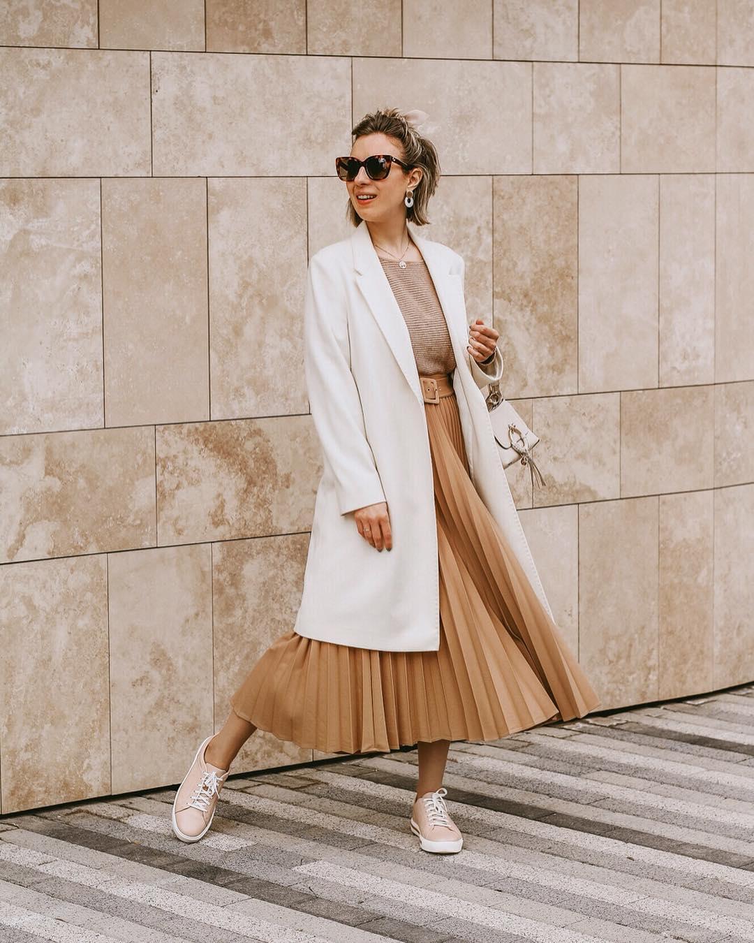 pleated skirt with belt de Zara sur ritamaslova_