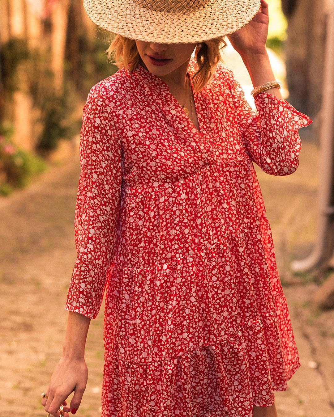 red dress a fleurette de Les Bourgeoises sur stellaetsuzie