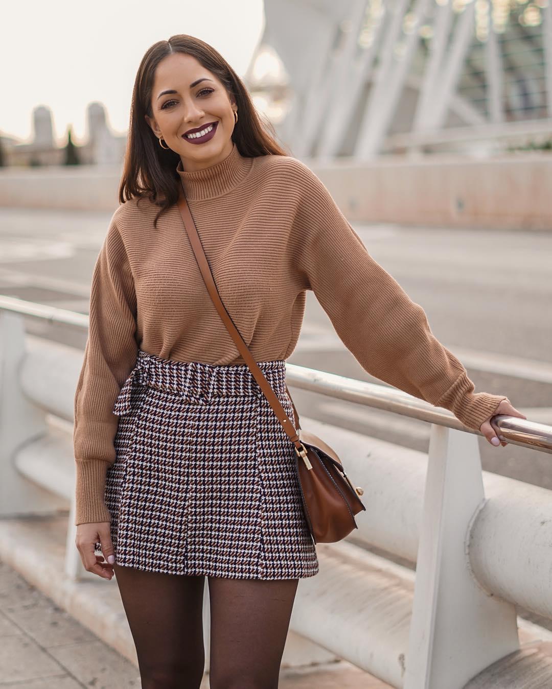 tweed mini skirt with belt de Zara sur criscalatrava