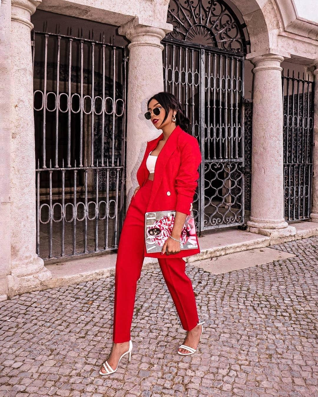 crepe jacket de Zara sur vanianbarbosa_