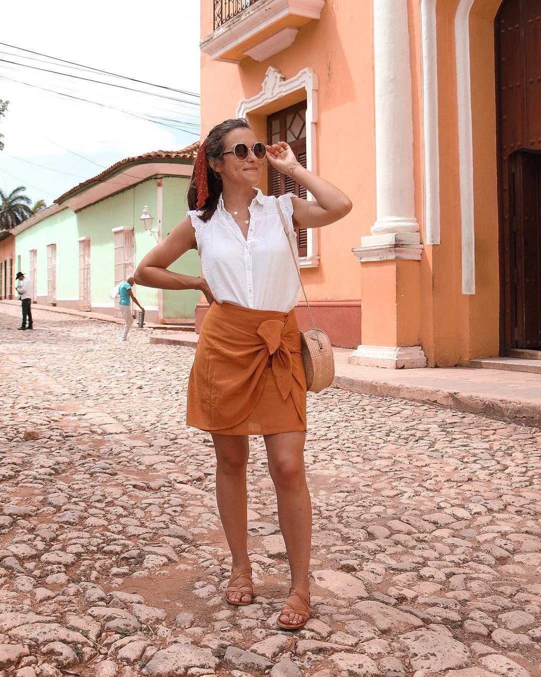 natural strap leather flat sandals de Zara sur lesbonheursdecamille