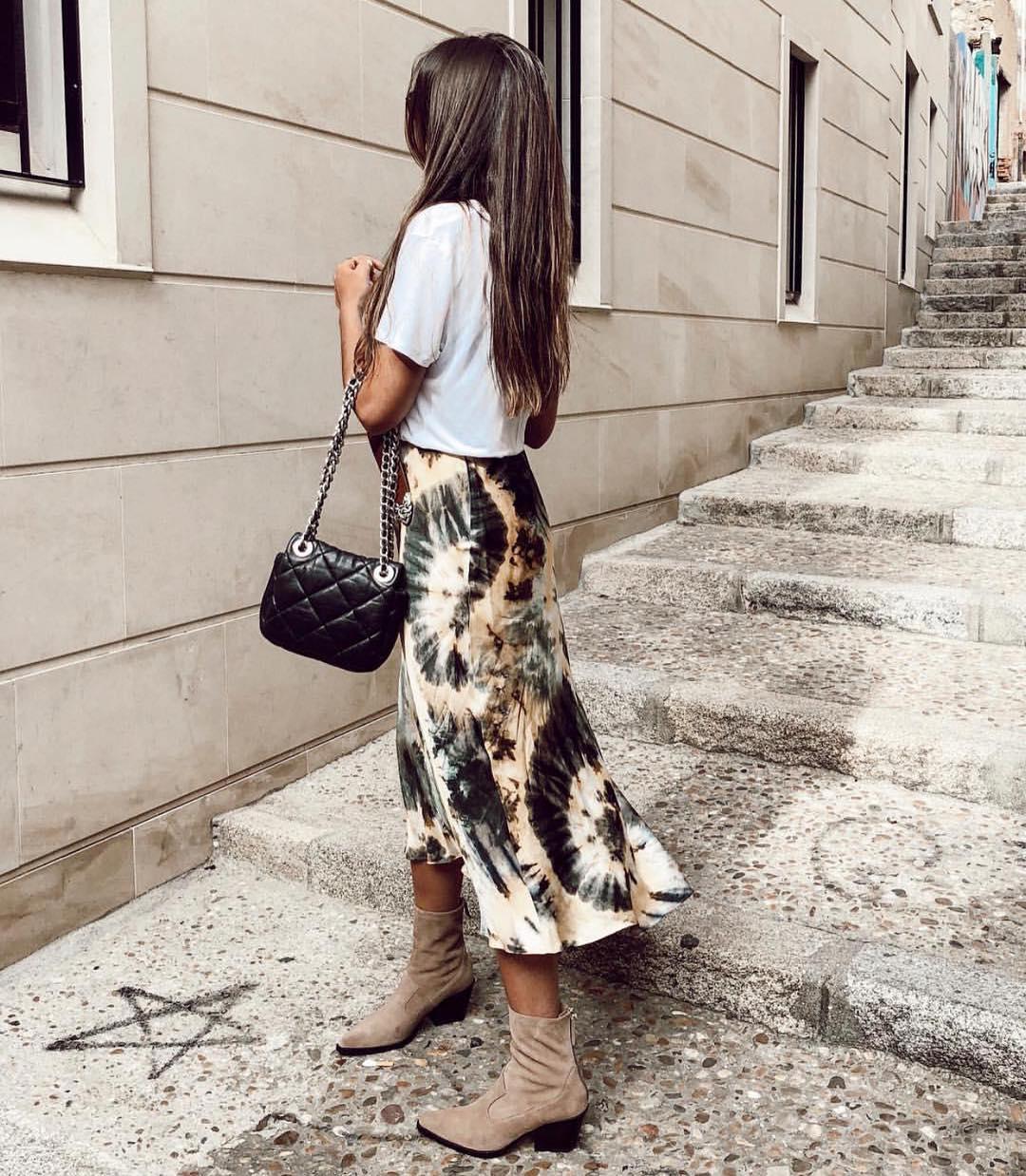 tie dye print skirt de Zara sur zaraaddiction