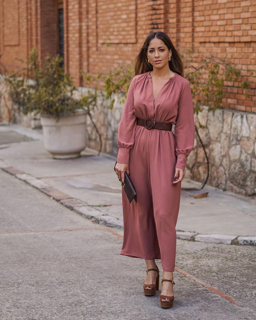 belt jumpsuit de Zara sur criscalatrava