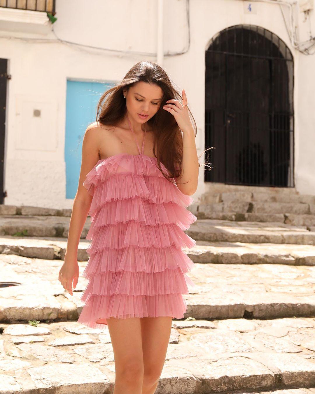 limited edition ruffled tulle dress de Zara sur christina_oprea_