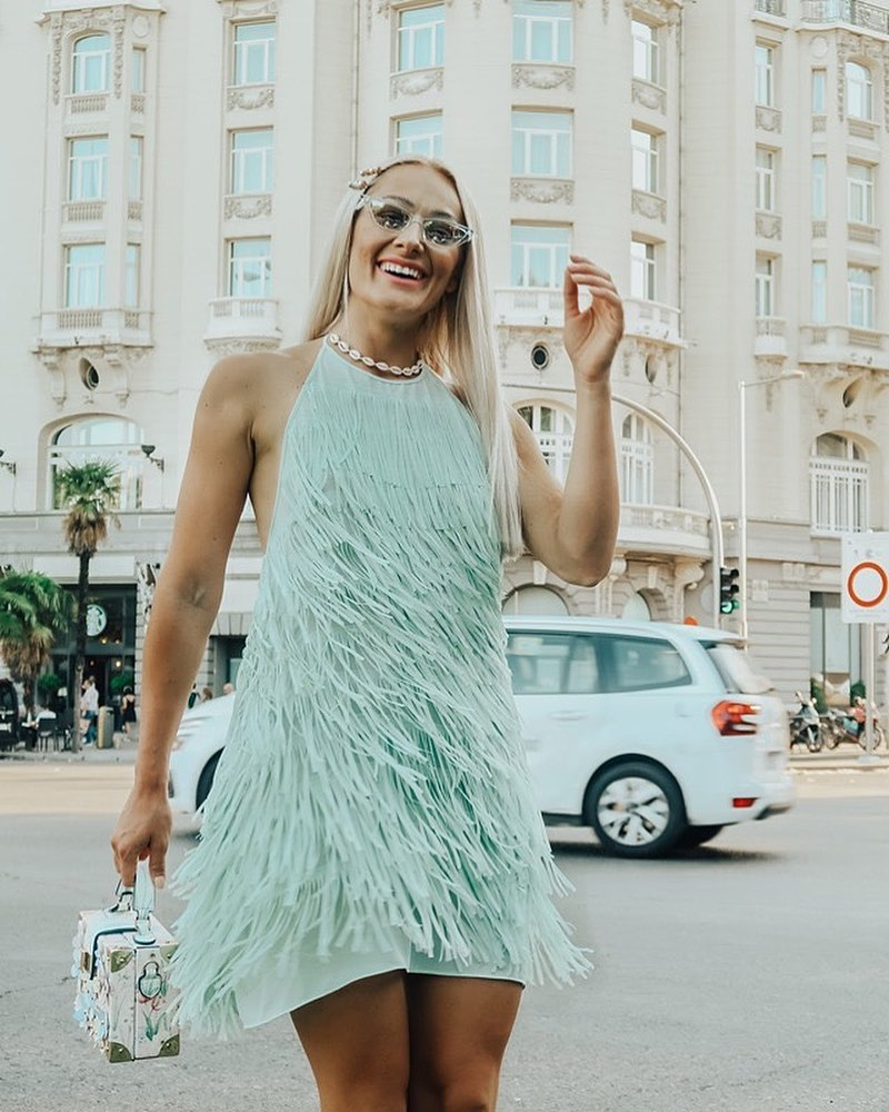 fringed short dress de Zara sur the.diary.of.a.chic.mommy