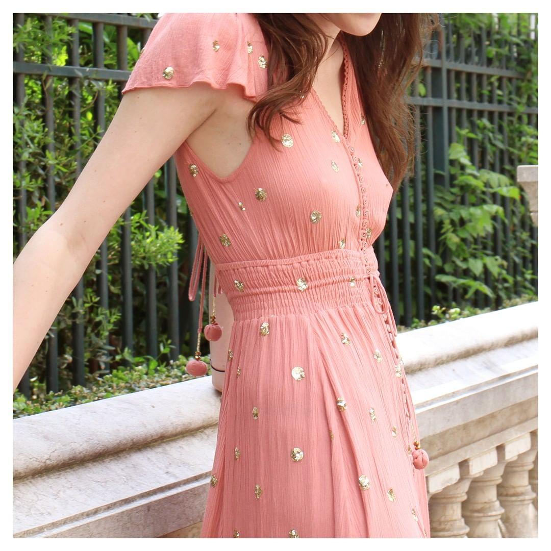 robe vieux rose a sequins de Les Bourgeoises sur goa_paris