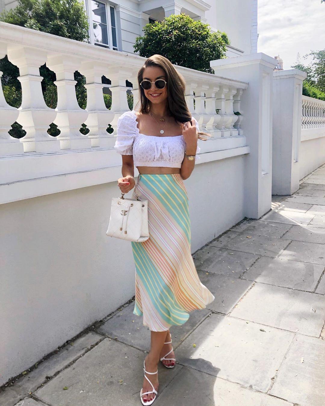 jupe satinée à rayures de Zara sur sophielouisesdiary