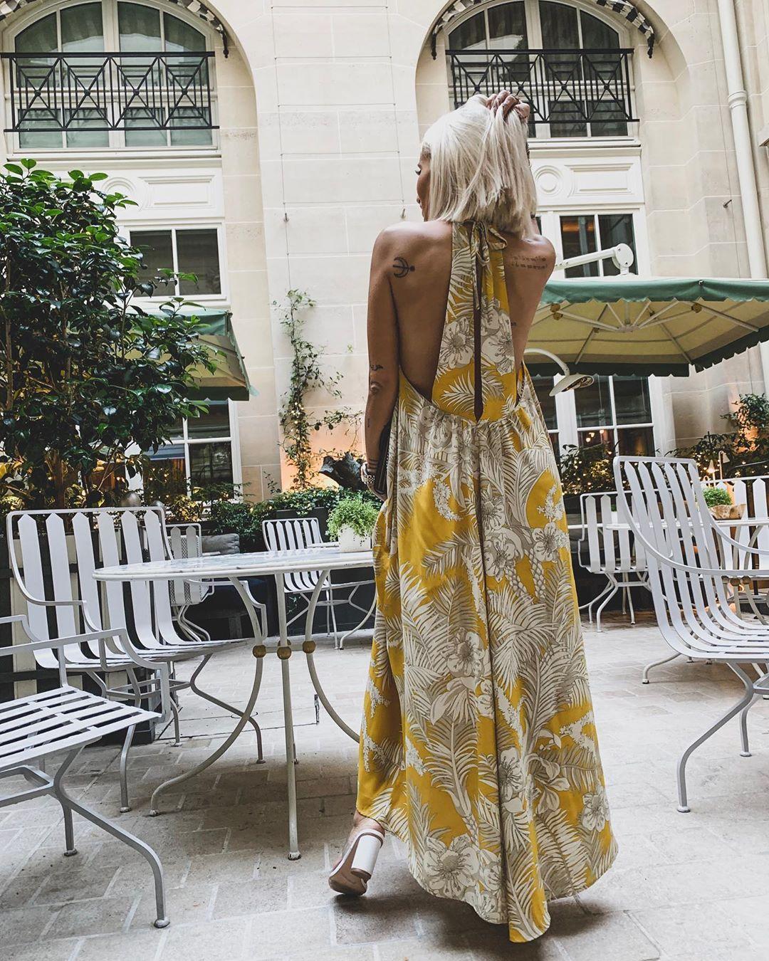 robe fluide imprimée de Zara sur noholita