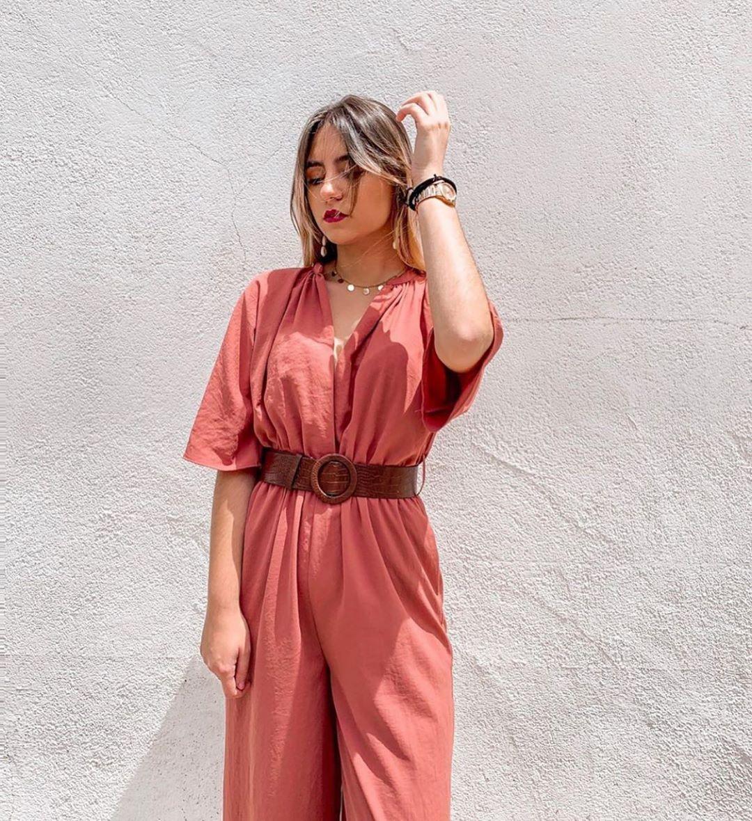 combinaison cache-cœur avec ceinture de Zara sur zara.outfits