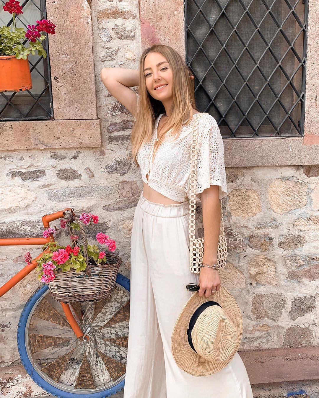 flowing wide pants de Zara sur cocobolinho