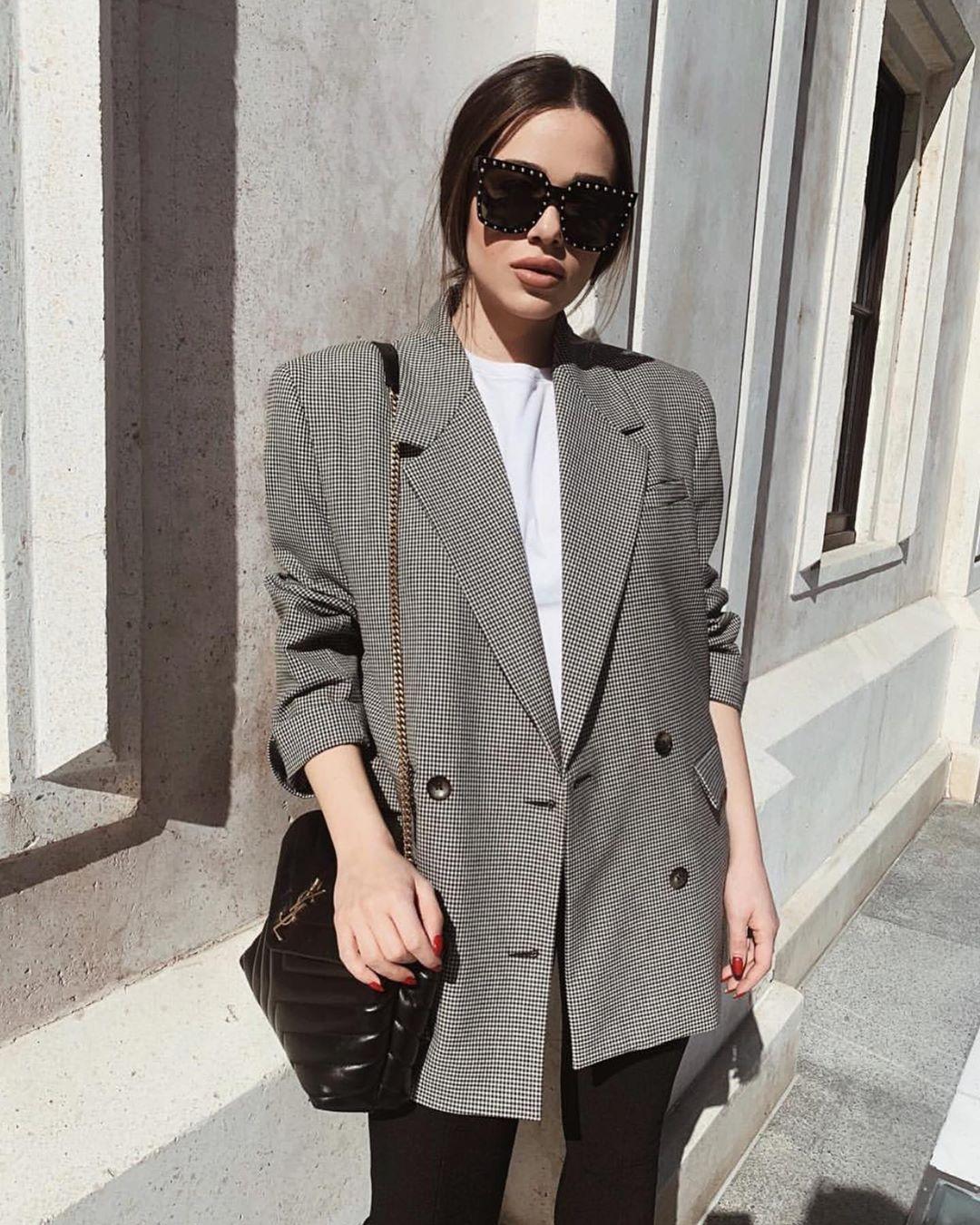 veste à carreaux de Zara sur zara_streets