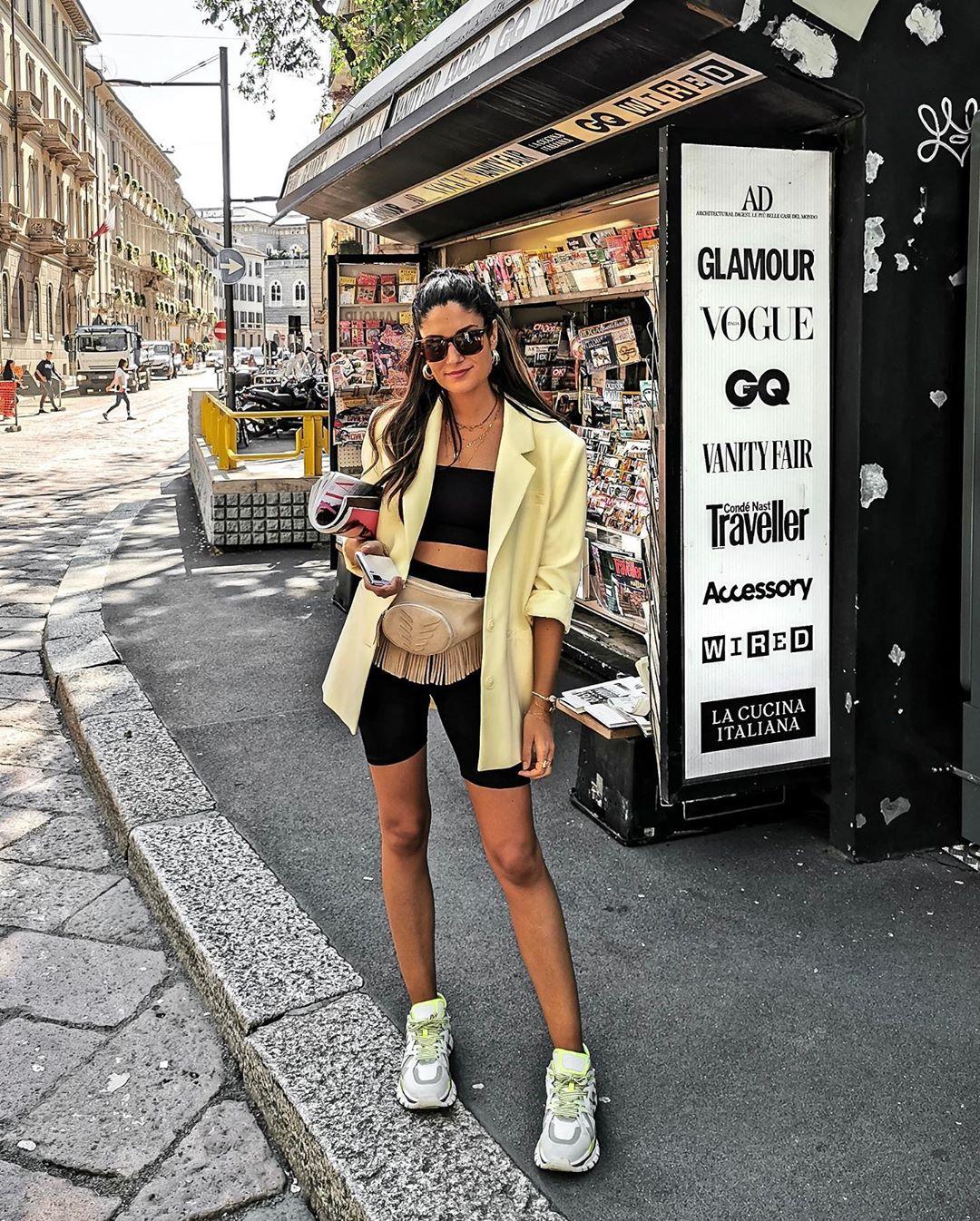 haut court à nœud de Zara sur junesixtyfive