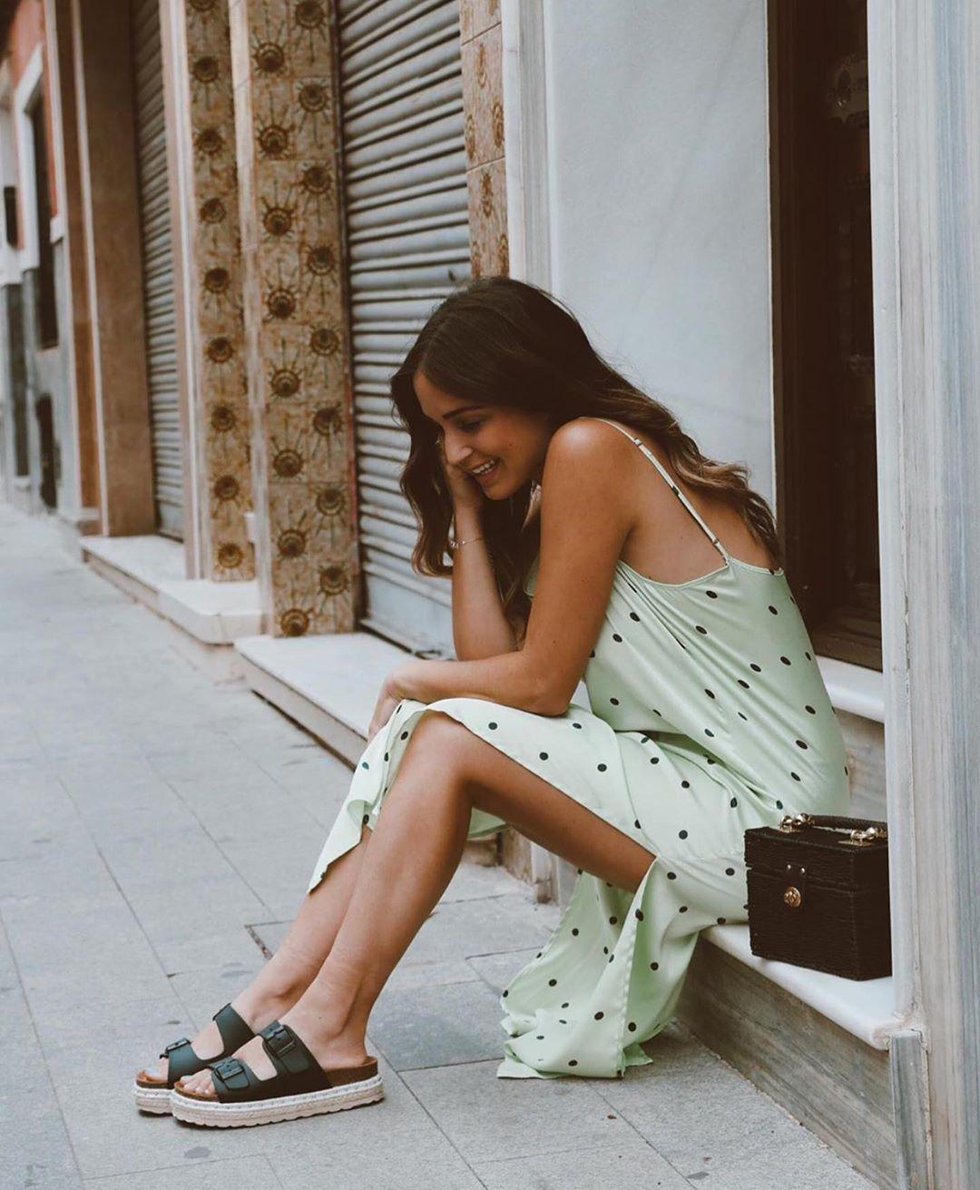 polka dot dress de Zara sur zaraaddiction