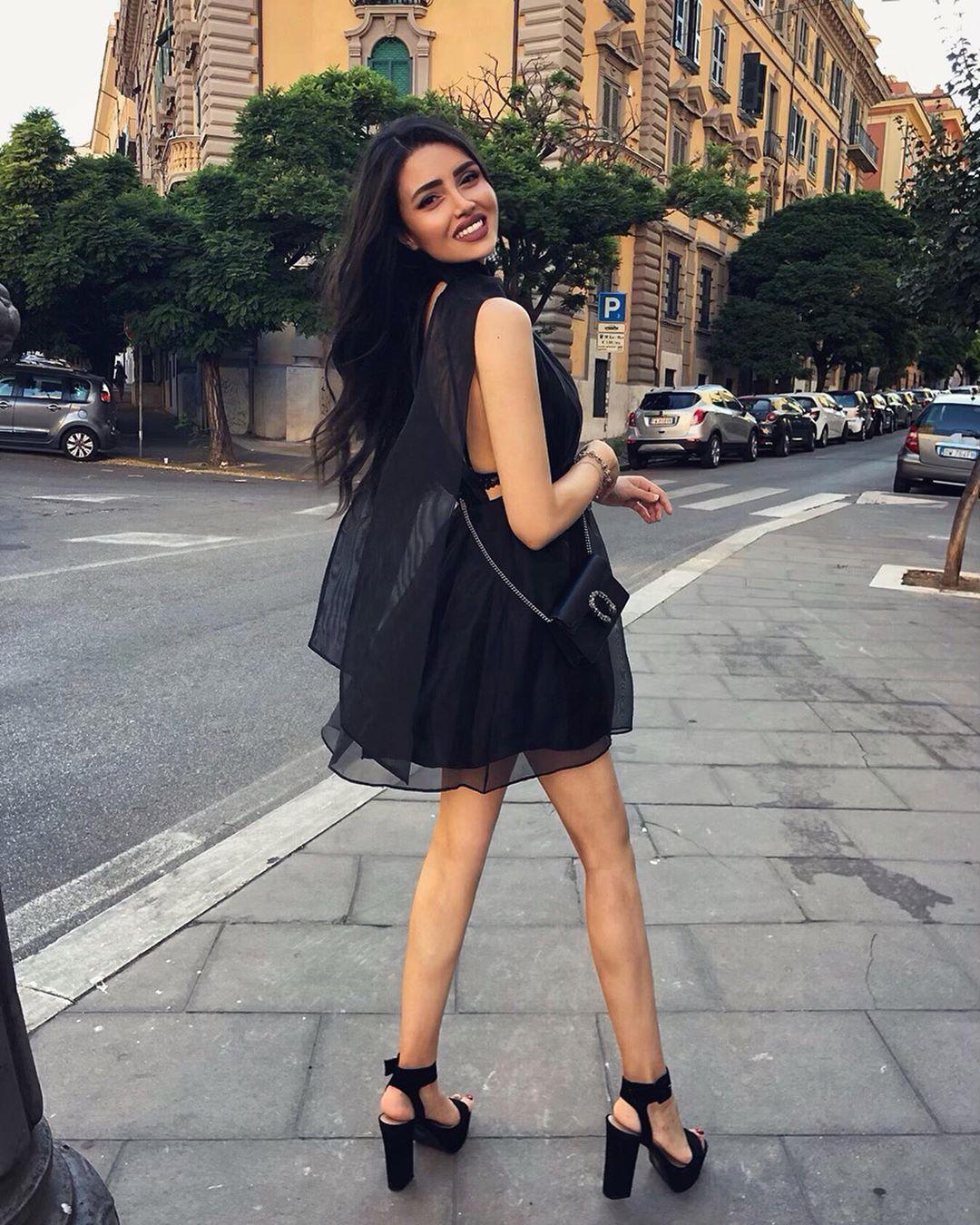 short organza dress de Zara sur ambrabny