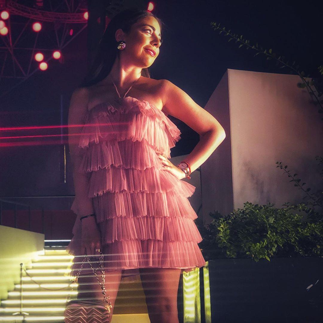 limited edition ruffled tulle dress de Zara sur fashilicious_