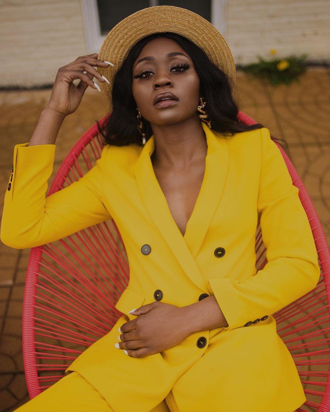 veste à boutonnage croisé de Zara sur bu.kola