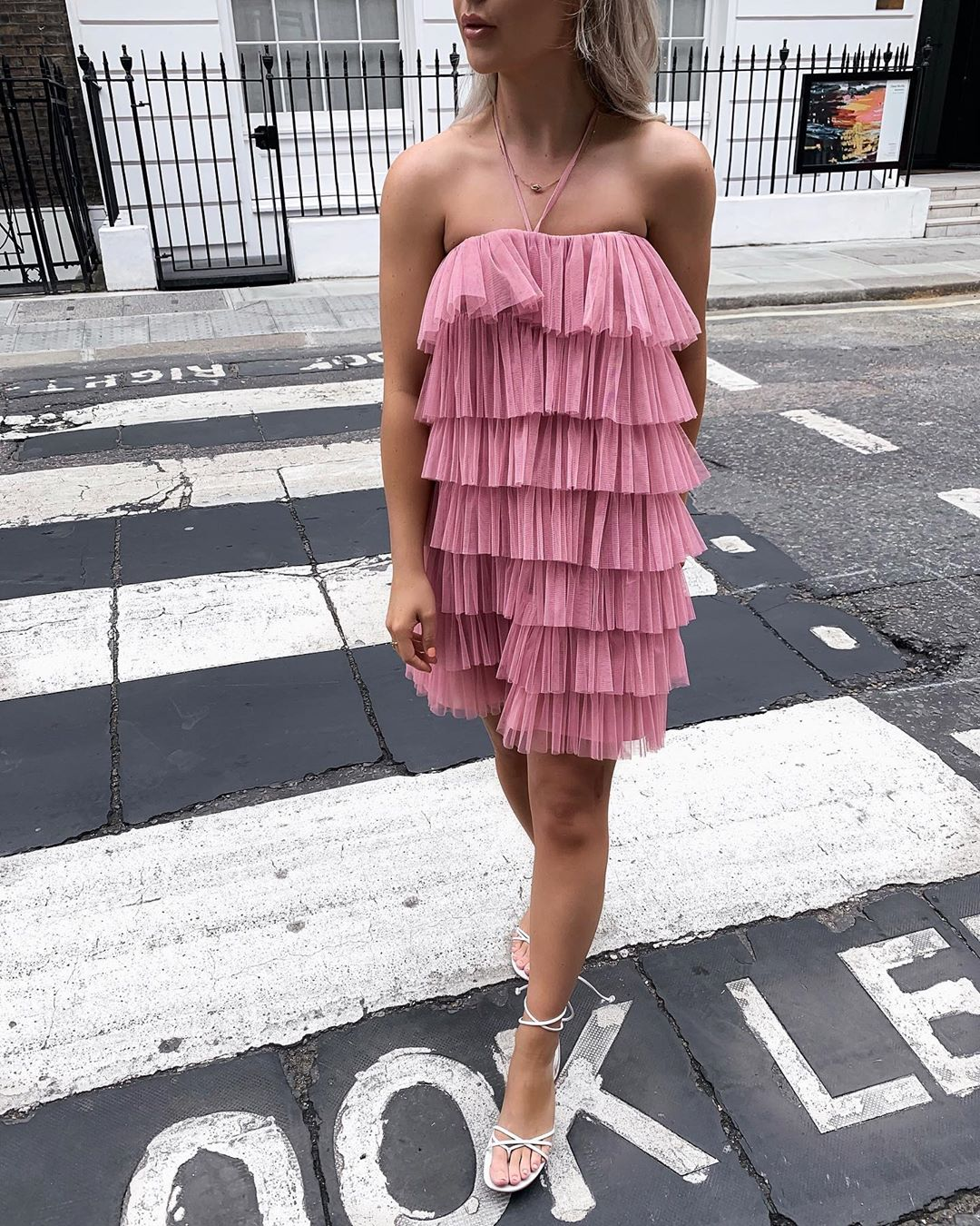 limited edition ruffled tulle dress de Zara sur allchloerose